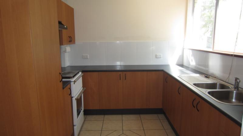 Convenient and Quiet Two Bedroom Apartment