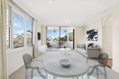 Oversized (84sqm internally) apartment in popular Montrose'