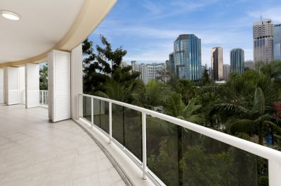 Unit 101/21 Pixley Street, Kangaroo Point