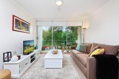 Superb location, light and breezy lifestyle apartment
