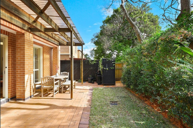 Easy contemporary living in the heart of Naremburn