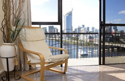 Executive Apartment with Priceless Views