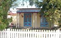 EAST OF OXLEY - RENOVATE, REBUILD OR RENT