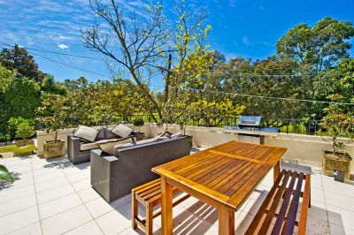 Woollahra/Double Bay Parkfront Indoor/Outdoor Family Home Is Stylish & Spacious With A Stunning Self Contained Studio/Guest Suite