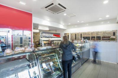 Award winning bakery in fantastic location!