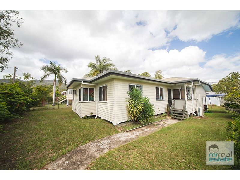 BEAUTIFUL - 4 BED - LOW SET - FENCED
