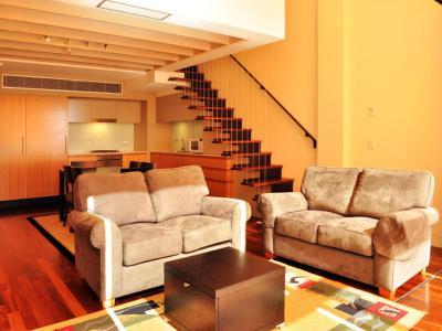 Under Offer - Luxury Living