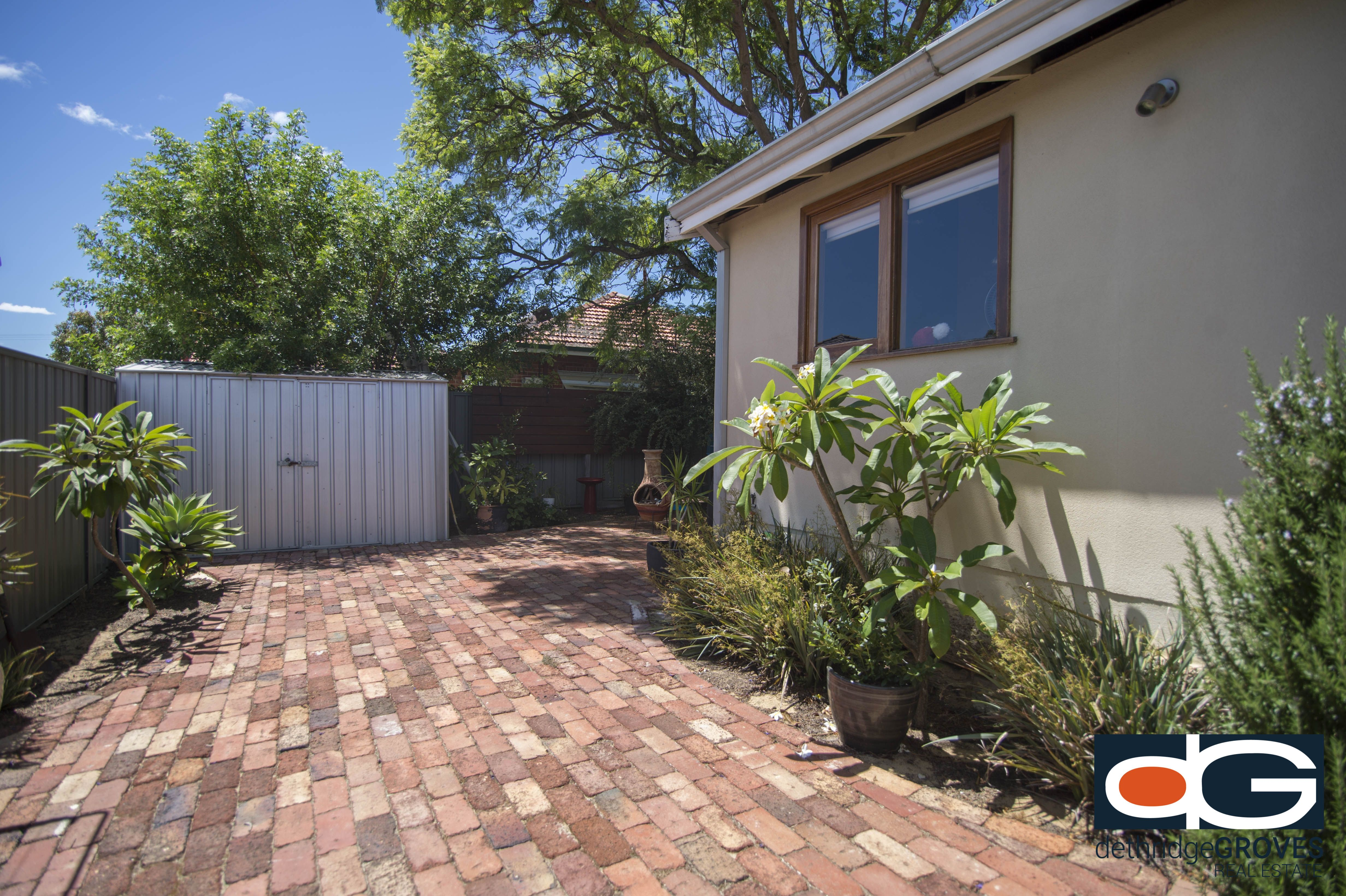 18 Rennie Cres, North, Hilton