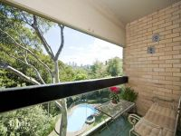 BRIGHT ONE BEDROOM APARTMENT JUST MOMENTS FROM EDGECLIFF STATION