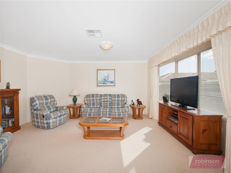 22 Caledonia Close, Salamander Bay