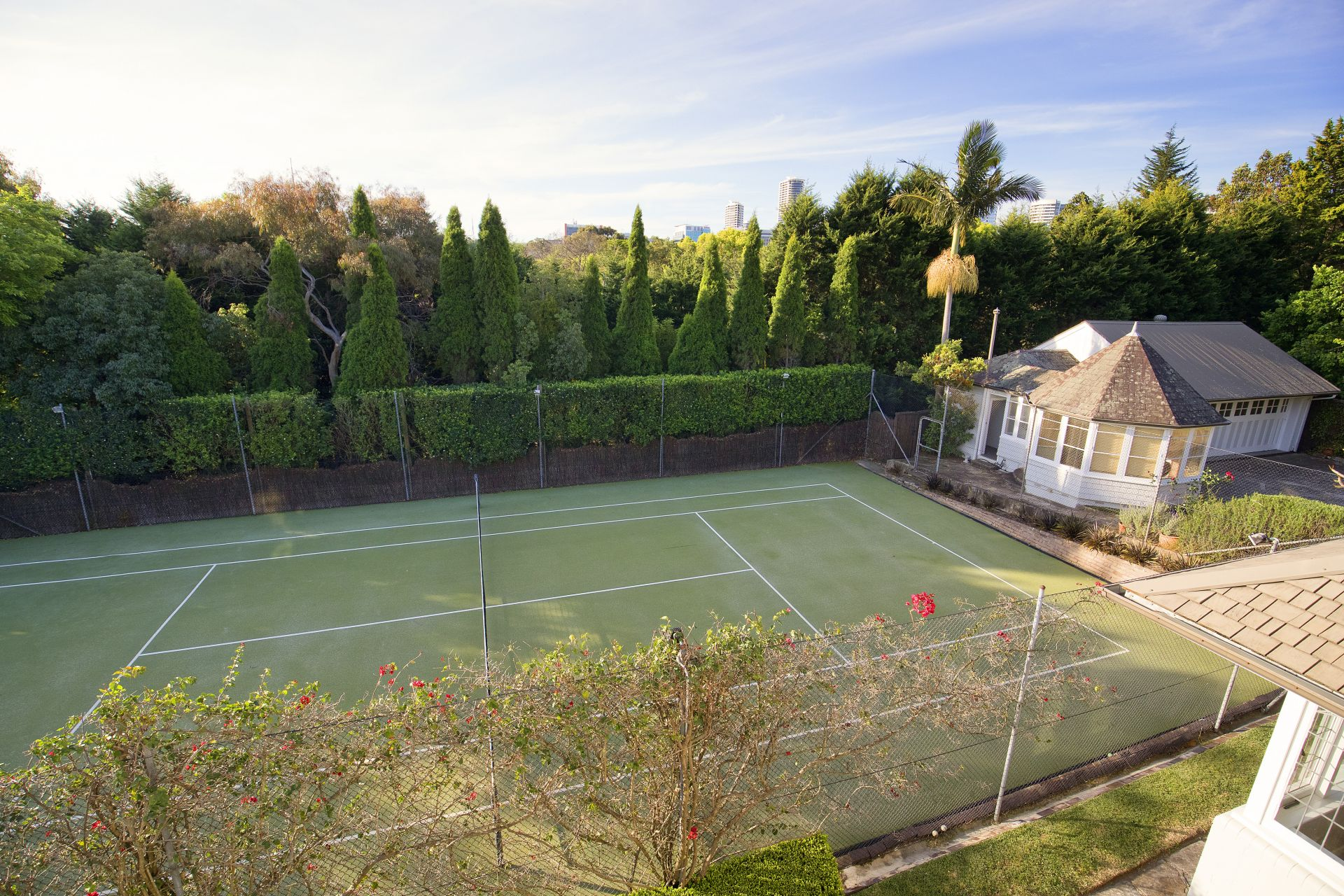 Additional photo for property listing at 'Niddrie' Significant 1905 federation landmark with tennis court 22 Milner Crescent Wollstonecraft, New South Wales,2065 Австралия