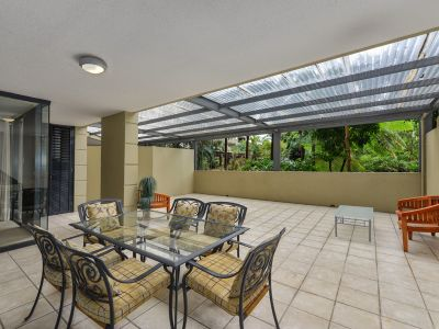 FULLY FURNISHED AND SPACIOUS TWO BEDROOM  EXECUTIVE APARTMENT