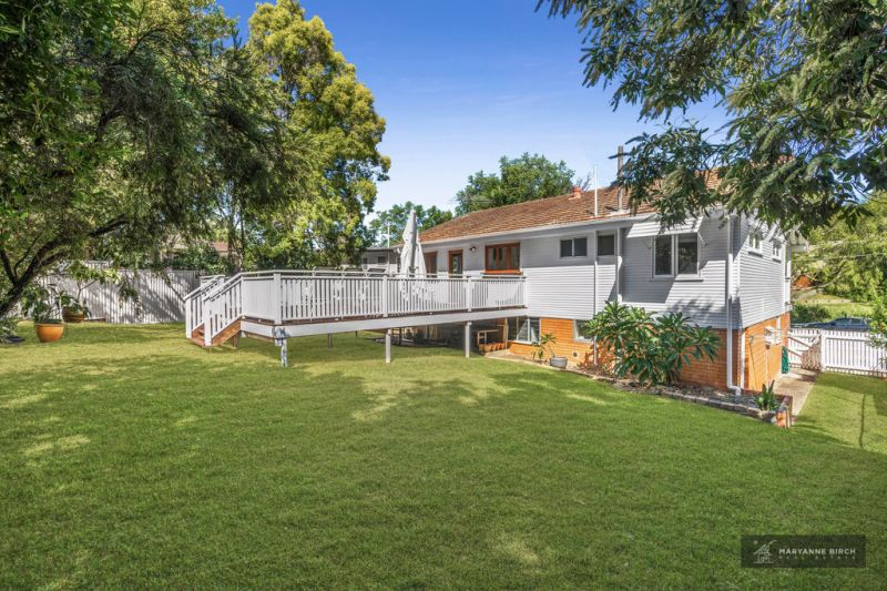 Under Offer - Stunning Home on Private 602m2 Block in Hot Growth Suburb