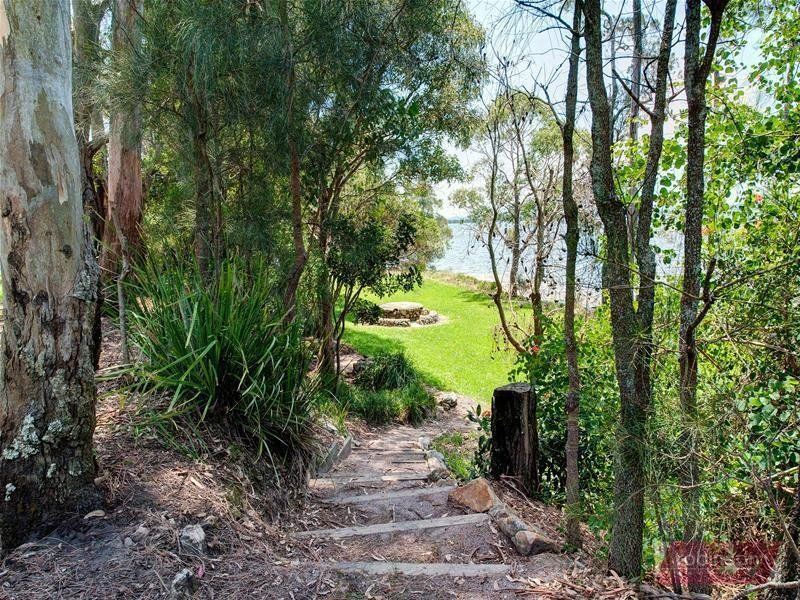 23D Caswell Crescent, Tanilba Bay