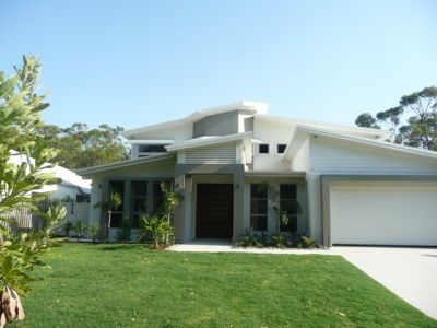BRAND NEW COOMERA WATERS BEAUTY