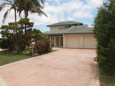 1/32 Farm Road, Fingal Bay