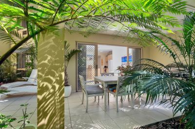 Ground Floor Apartment with Ocean View, Breezes and Wrap Around Private Verandah