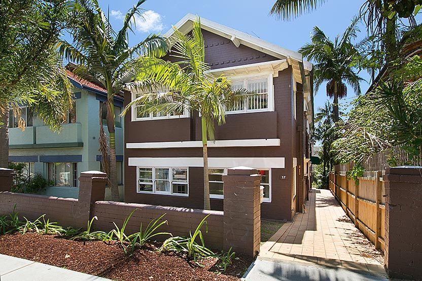 17 Sir Thomas Mitchell Road, Bondi Beach