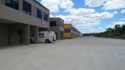 211SQM - WELL PRICED INDUSTRIAL UNIT