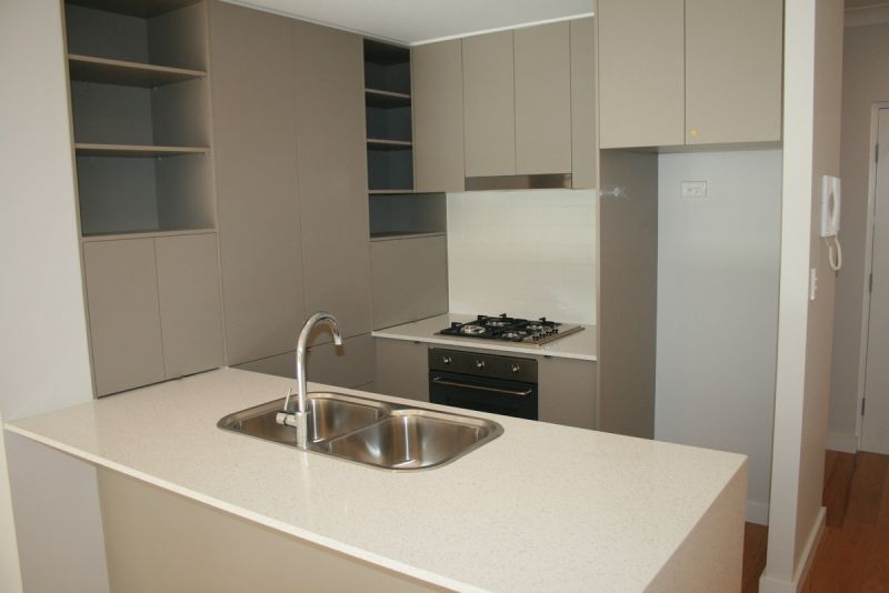 GROUND LEVEL UNIT WITH GREAT PRIVACY AS NEW 2 BEDROOM UNIT