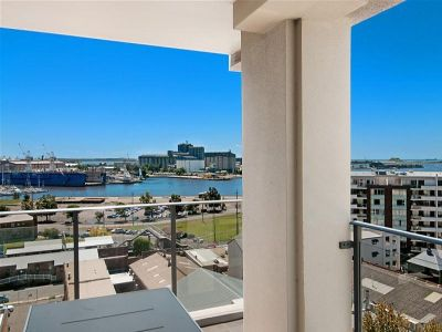81/741 Hunter Street, NEWCASTLE WEST