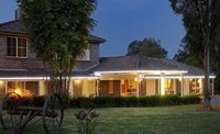 MOTEL LEASEHOLD - COLONIAL STYLE ON 4 ACRES