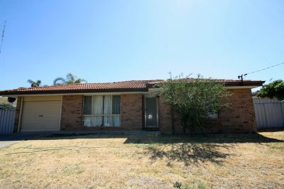 45 Lockwood Crescent, Withers,
