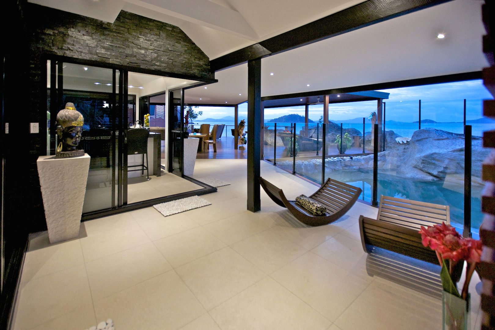 Additional photo for property listing at Jewel of the Reef   Queensland,4852 Австралия