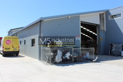 1,140 SQM Freestanding Warehouse with Automotive Approval