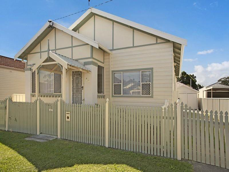 14 Wilkinson Avenue, MAYFIELD