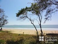 2/17 Coral Street Saunders Beach, Qld