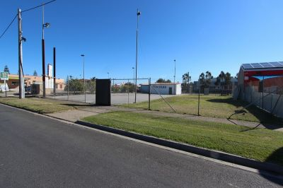VACANT COMMERCIAL ZONE LAND CENTRE OF TOWN