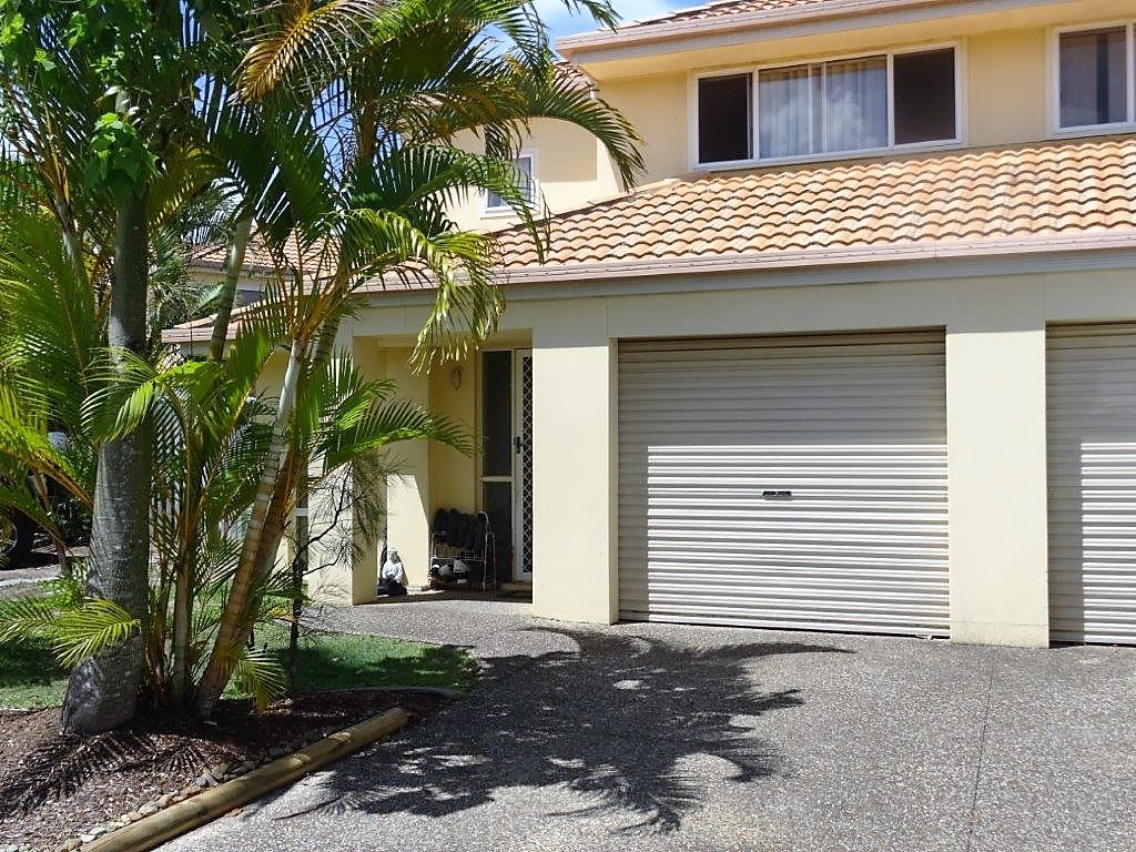 Duplex - Great Investment Great Location