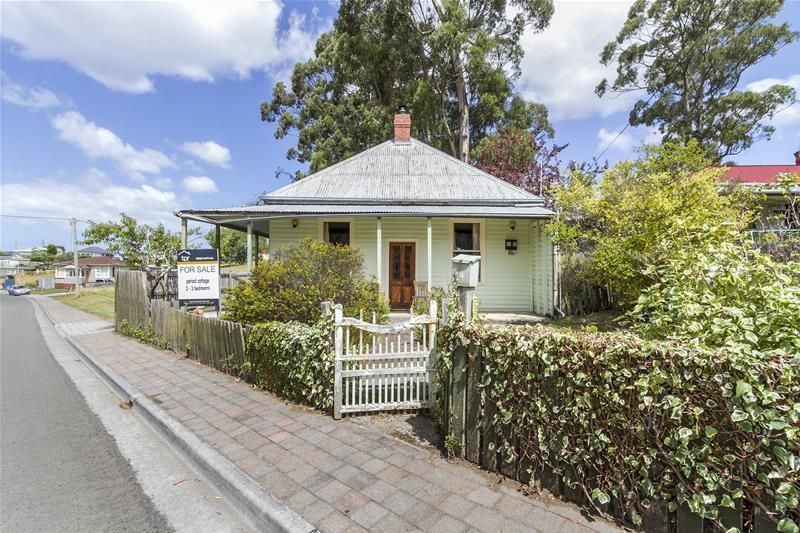 1900 Period Renovator – Great Rental return