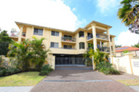4/12 Oleander Avenue, BIGGERA WATERS