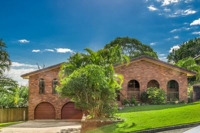 Large Home + Guest Accommodation In Prime Location