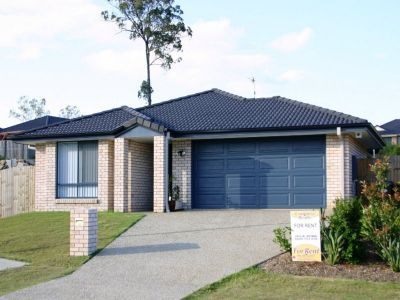 BOLD & BEAUTIFUL FAMILY HOME DESIGNED BY CAVALIER - UPPER COOMERA