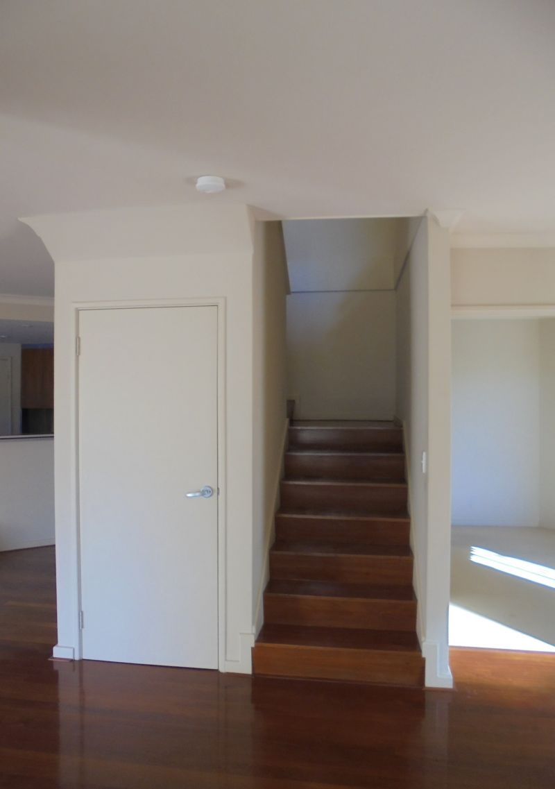 PRIME LOCATION - FRONT TOWNHOUSE