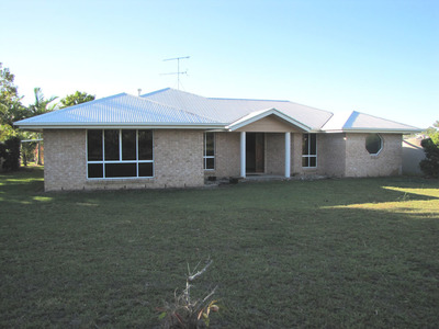 Grazing Block & Home Close To All Centres.