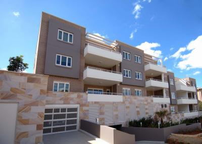 LUXURIOUSLY BUILT 2 BEDROOM APARTMENT