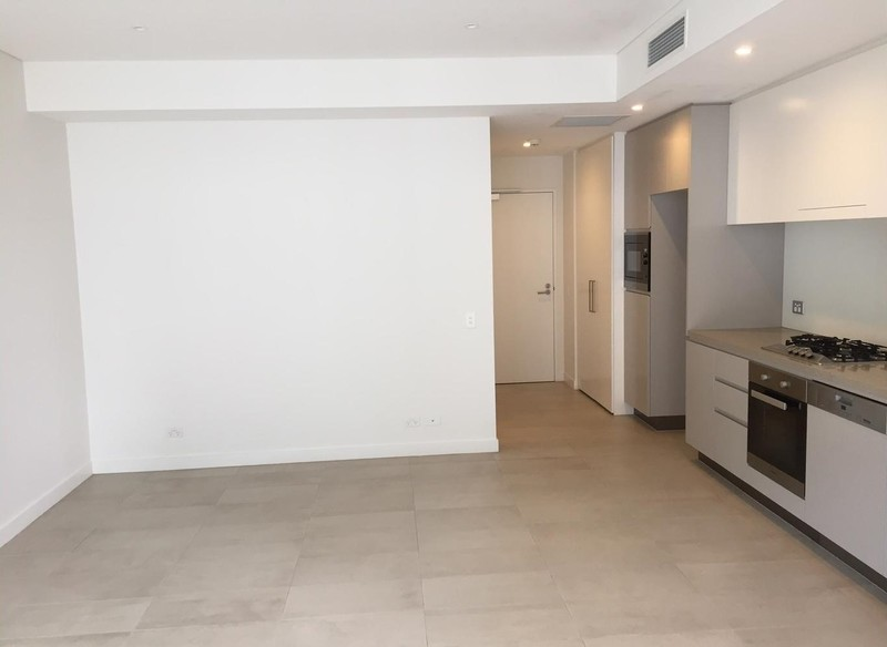 New modern fresh and Spacious, North Facing 1 Bedroom unit