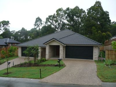 'BE FIRST TO OCCUPY NEW MODERN DUPLEX - UPPER COOMERA'
