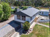 437 Gravelly Beach Road