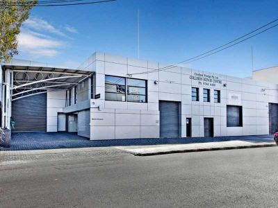 High end custom premises, outstanding location