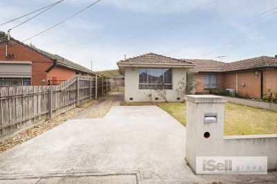 Superbly Low-Maintenance Home Move Straight In