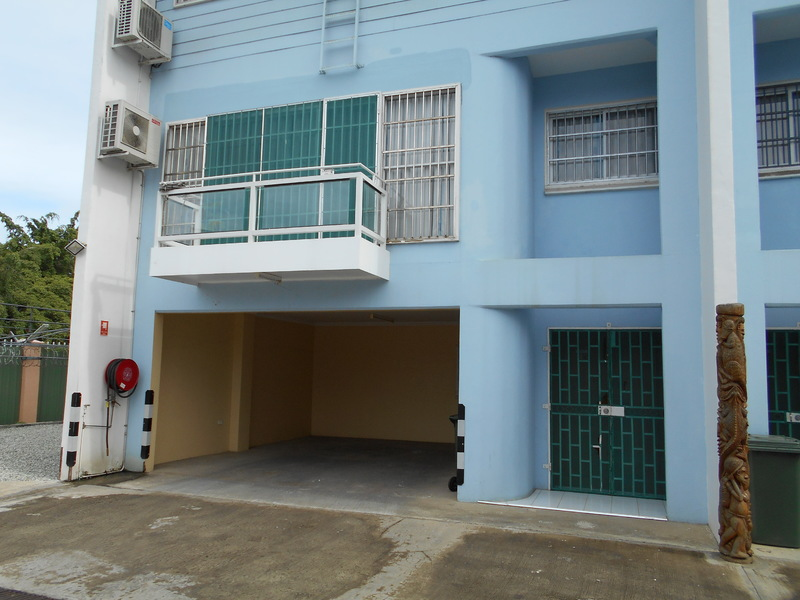 OB022: Apartment Along Gordons