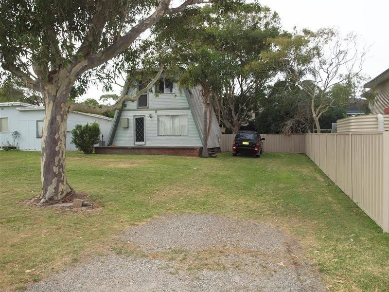 37 Boulder Bay Road, Fingal Bay