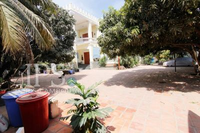 Nirouth, Phnom Penh | Villa for rent in Chbar Ampov Nirouth img 1