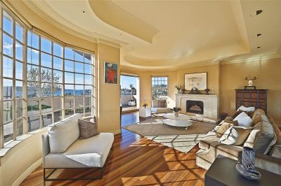 THE DEFINITIVE PENTHOUSE ABODE IN THE HEART OF DOUBLE BAY VILLAGE - GRANDEUR; ASPECT; SCALE; OPPORTUNITY