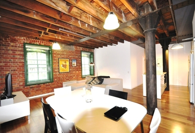 FULLY FURNISHED & RENOVATED WAREHOUSE CONVERSION!